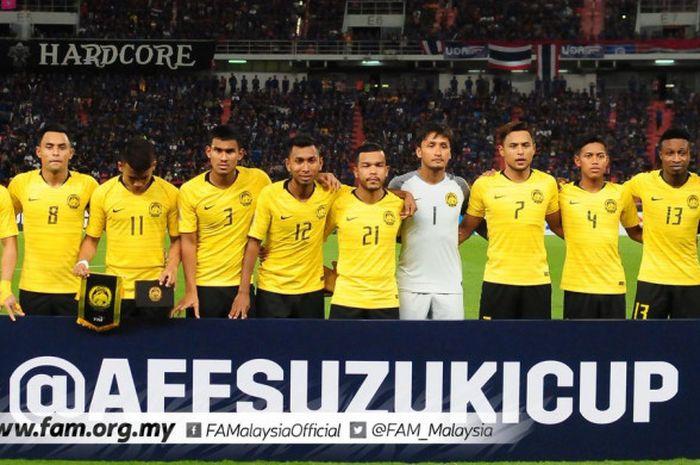 Pemain timnas Malaysia sebelum laga melawan Thailand babak semifinal Piala AFF 2018, Rabu (5/12/2018).