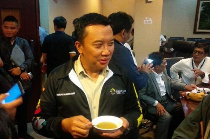 Menteri Pemuda dan Olahraga Imam Nahrawi saat menghadiro acara diskusi Asian Games 2018 di Kantor Staf Presiden, Jakarta, Senin (21/5/2018).