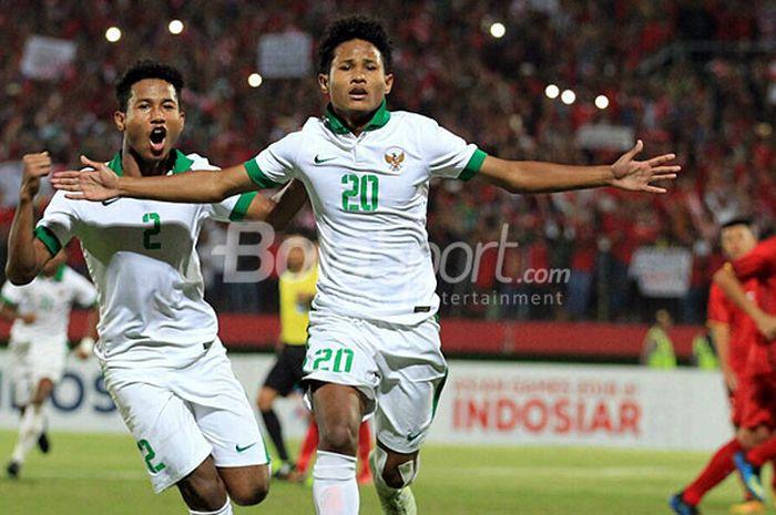 Penyerang Timnas U-16 Indonesia Amiruddin Bagus Kahfi selebrasi seusai mencetak gol ke gawang Vietnam dalam laga Piala AFF U-16 di Stadion Gelora Delta, Sidoarjo, Kamis (2/8/2018) malam WIB.