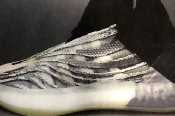 Sepatu basket Yeezy keluaran apparel olahraga asal Jerman, Adidas