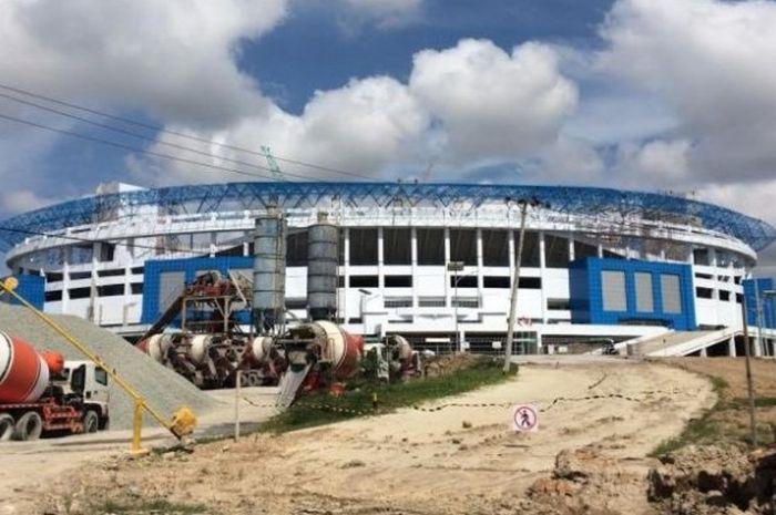 Foto stadion yang dibangun di Batakan, Kota Balikpapan yang diambil pada Jumat (9/9/2016). Stadion ini bisa dipakai sebagai markas Persiba per musim 2017.