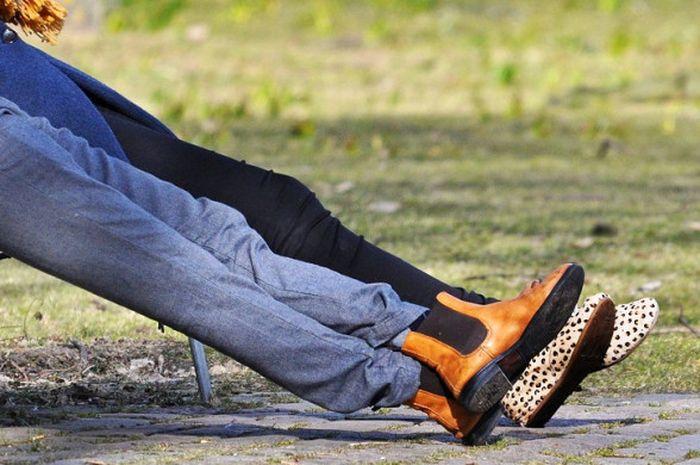 Meluruskan kaki setelah olahraga dipercaya bisa mencegah penyakit varises.