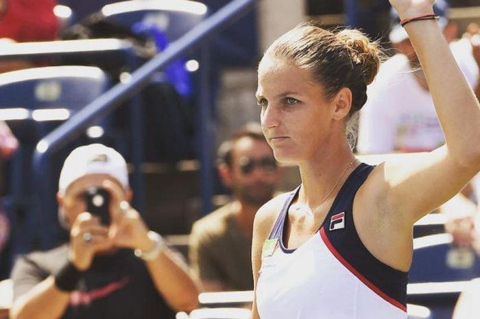 Karolina Pliskova berhasil melaju ke babak 16 besa Rogers Cup 2017 setelah mengalahkan Anastasia Pavlyuchenko (9/8/2017).