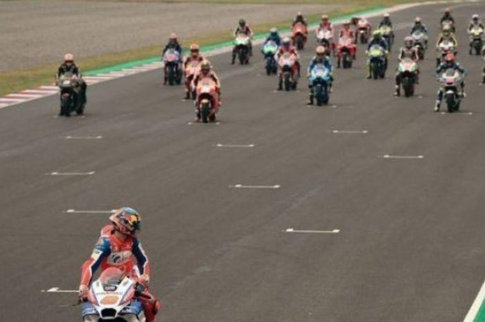 Jack Miller memimpin start MotoGP Argentina 2018 yang digelar di Sirkuit Autodromo Termas de Rio Hondo, Argentina, Minggu (8/4/2018).