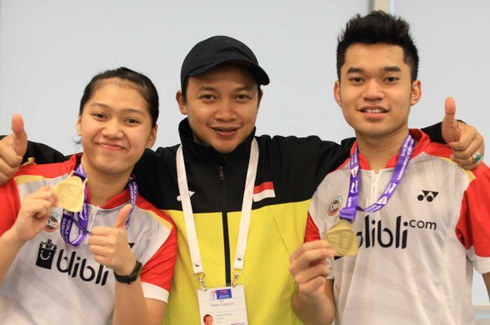 Pasangan ganda campuran muda Indonesia, Leo Rolly Carnando (kanan) dan Indah Cahya Sari Jamil (kiri)