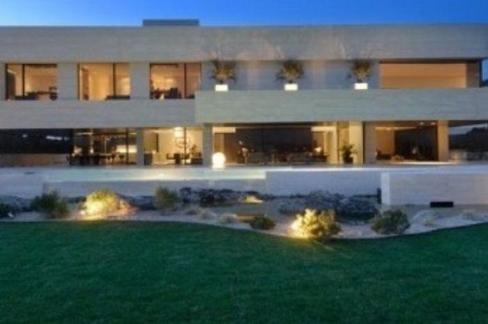 Apakah Ronaldo Akan Tinggalkan Rumah Mewah Ini Simak Jawaban Zinedine Zidane Bolasport Com