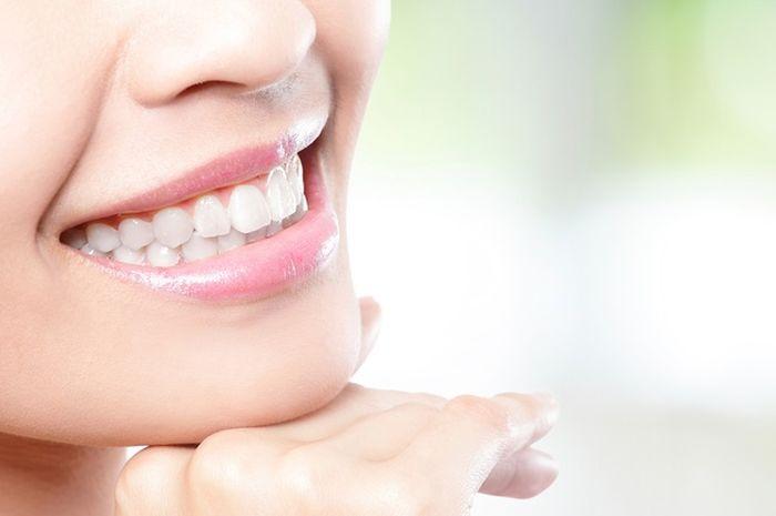 Ikuti 5 Tips Makeup Ini Biar Gigi Kita Selalu Terlihat Lebih Putih