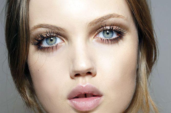 Bulu mata yang cantik dapat menunjang penampilan (foto: doc.hbz.h-cdn.co)