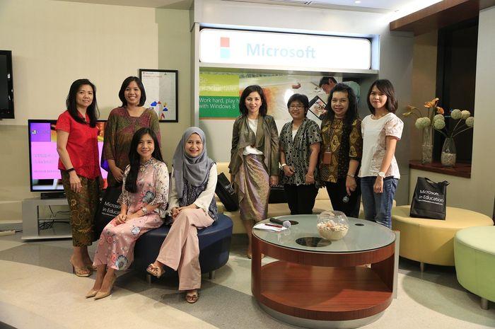 Sharing Session Perempuan Canggih di Industri STEM.