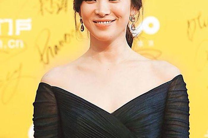 Gaya rambut Song Hye Kyo