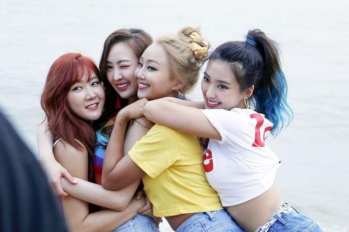 5 Momen Kebersamaan Girlband SISTAR yang Pasti Bakalan Bikin Kita Kangen!