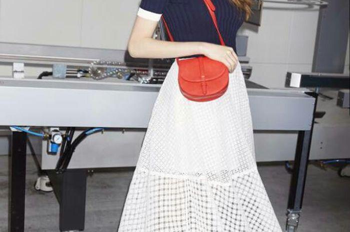 Midi skirt sesuai kepribadian berdasarkan zodiak