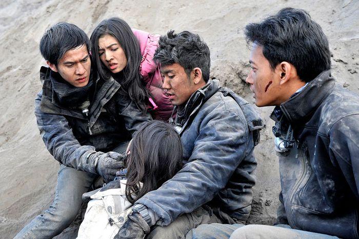 Kesalahan dalam film Indonesia.