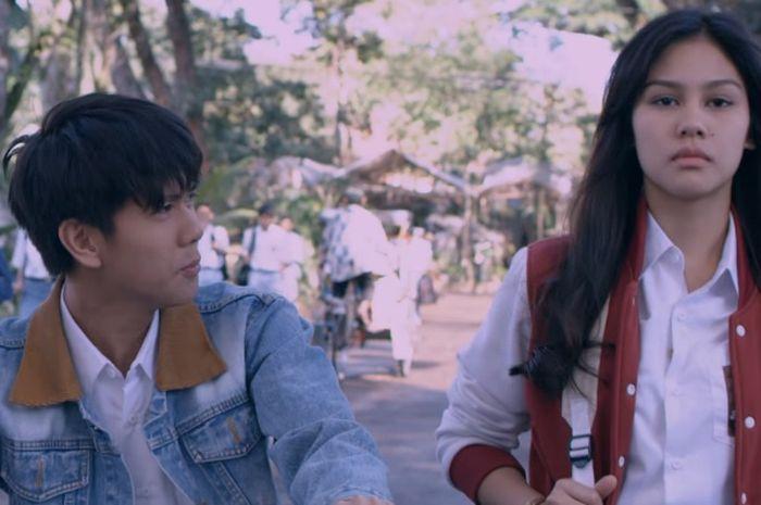 Curhat Cewek yang Punya Pengalaman Mirip Milea di Film Dilan 1990, Ketika Harus LDR Sama Pacar Namun Ada Cowok Baru yang Deketin!