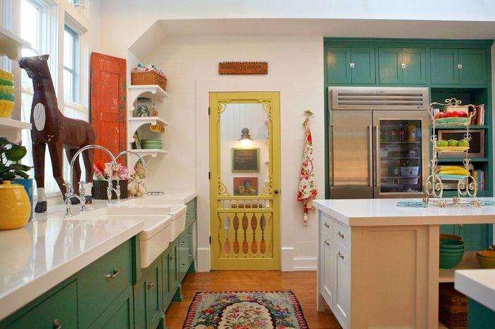Intip inspirasi dapur penuh warna di sini biar kamu nggak malas memasak