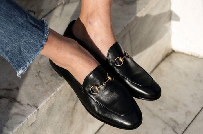 f8c7a917a7b Ingin Loafers dari Gucci tapi Nggak Punya Uang  Beli Aja Loafers Ini ...