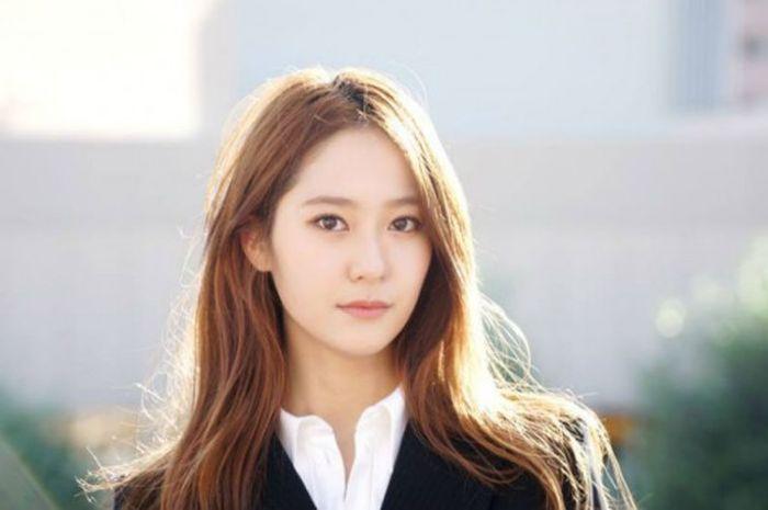 Hasil gambar untuk Krystal Jung
