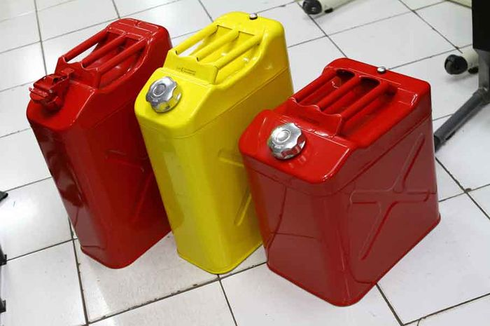 Jerry Can Besi