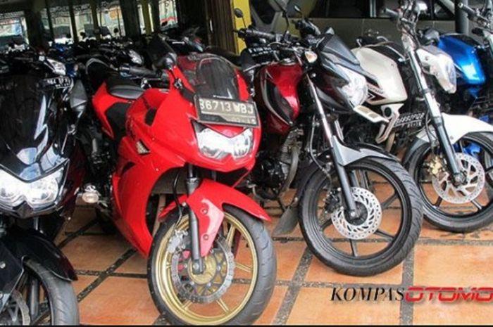 Diler motor bekas sport