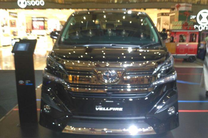 Toyota New Vellfire yang didiskon Rp 35 juta 8d2614e417