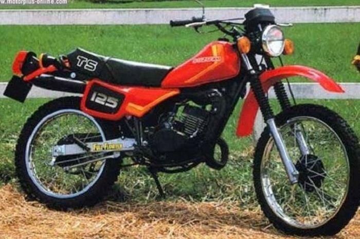 Suzuki TS125 lansiran lawas