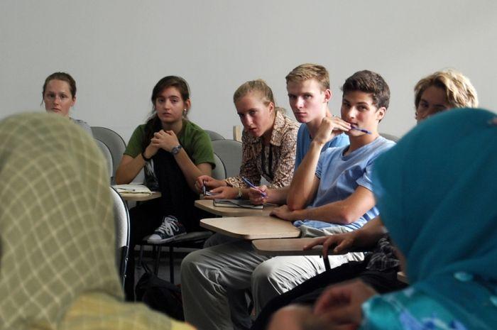 Mata Kuliah Hubungan Internasional yang Harus Diwaspadai