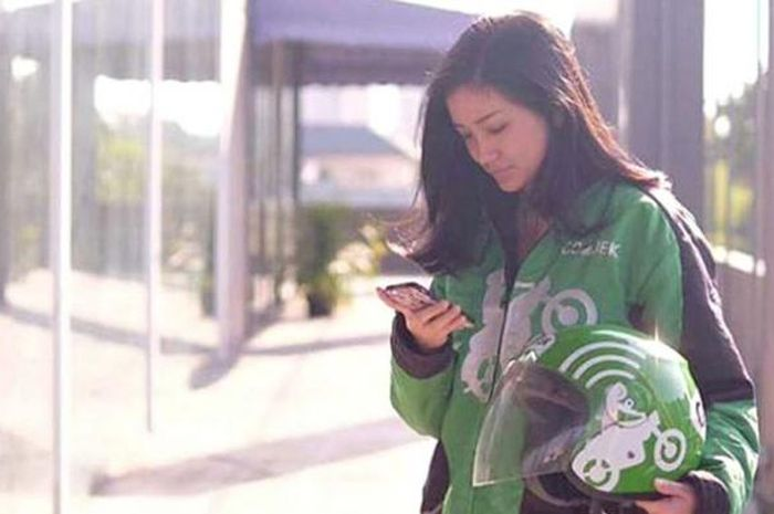 Eugenie Patricia Neng Gojek Cantik Siap Antar ke Rumah Orangtua