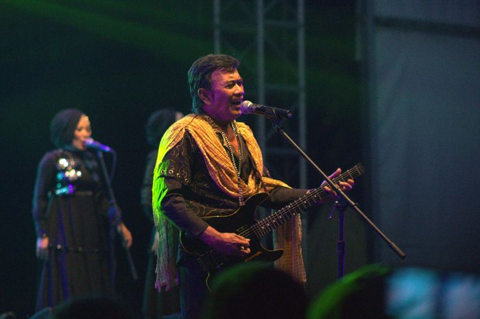 Rhoma Irama tampil di Syncronize Fest