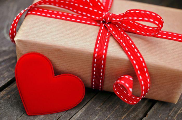Hadiah Valentine yang Wajib Kamu Beli di Situs Toko Online!