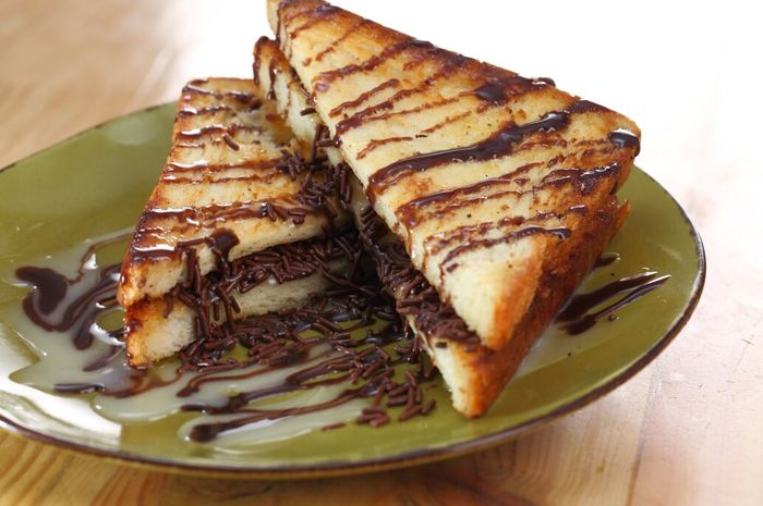 Roti panggang coklat