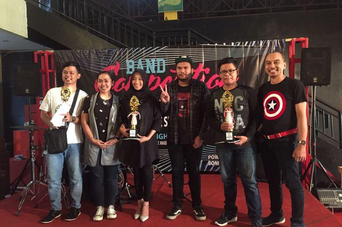 band audisi untuk acara konser amal SMAN 1 Magelang