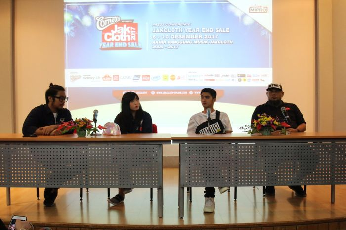 Press Conference JakCloth Year End Sale 2017