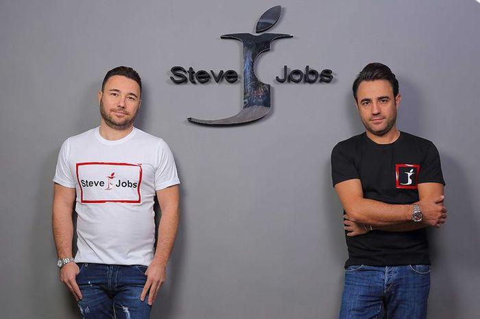 Logo Steve Jobs sebagai merk fashion asal Italia