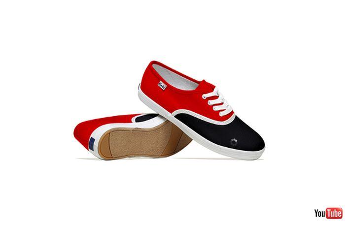 Situs Internet Berubah Jadi Sneakers