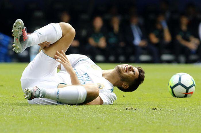 Asensio Cedera gara-gara iritasi abis nyukur bulu kaki