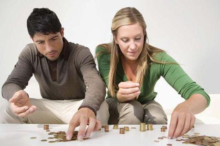 Uang Suami atau Istri? Yang Penting Diskusi & Investasi!