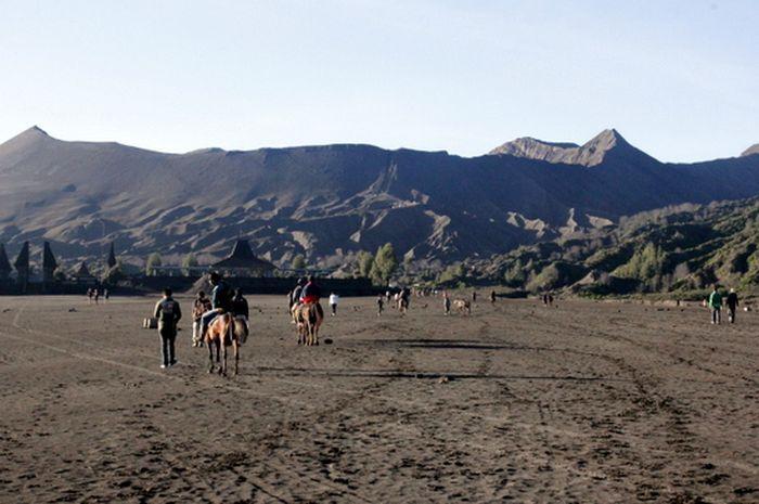 HOK Tanzil Terperosok dalam Pasir Bromo