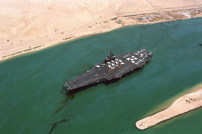 Sulap di PD II (7): Terusan Suez Hilang!