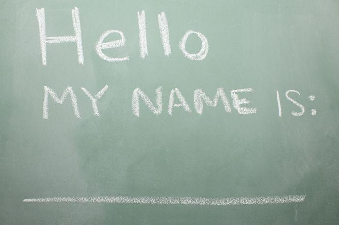 Menderita karena Keberatan Nama: Percaya Tidak Percaya