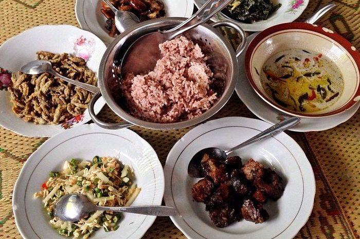 Berburu Wisata Kuliner Legendaris Selama di Jogja? Kesini Saja 1