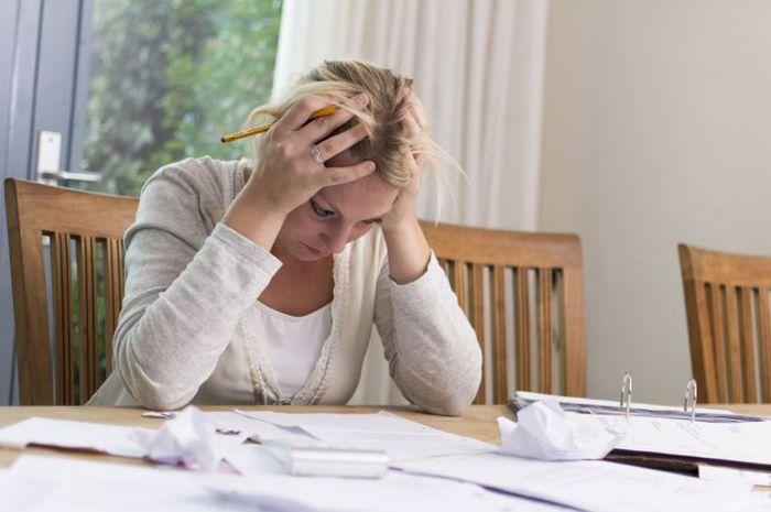 Stres dan kecemasan bisa menyebabkan sakit kepala, gangguan tidur dan perubahan mood.