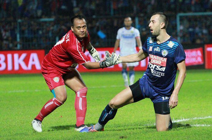 Kiper Arema FC Achmad Kurniawan meninggal dunia