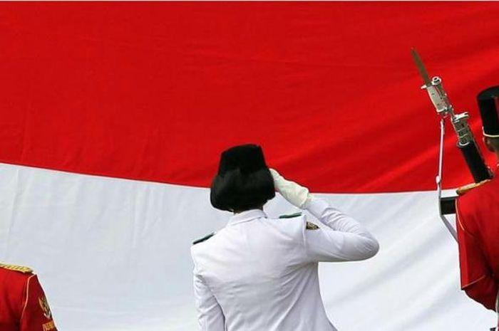 Arak-arakan Bendera Pusaka Sang Saka Merah Putih