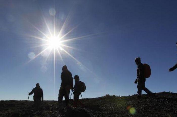 Ini Dia, Enam Manfaat 'Hiking' Bagi Tubuh Kita