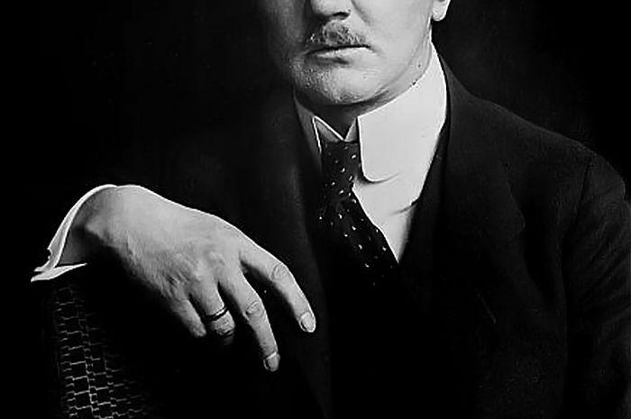 Hjalmar Schacht, menteri ekonomi Jerman Nazi yang pernah jadi penasihan ekonomi RI