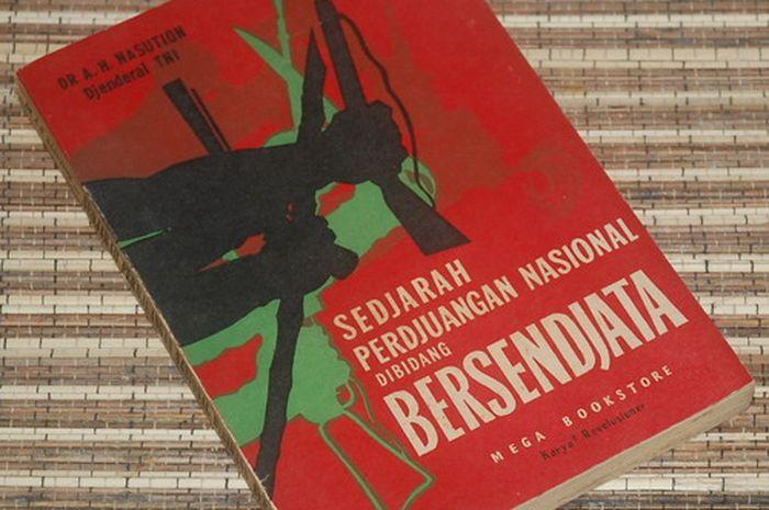 Buku Sejarah Perjuangan Nasional di bidang Bersenjata