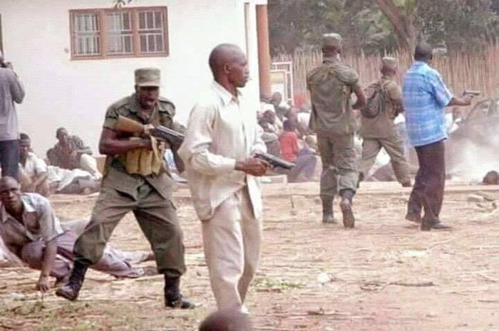 Aksi pembantaian oleh pendukung Idi Amin (Martha Leah