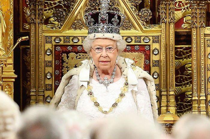 Mahkota Ratu Elizabeth II