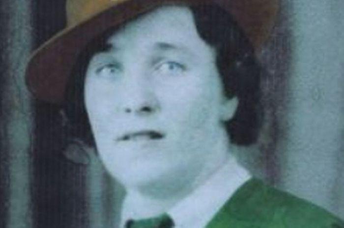 Joan Ramsdale (95) meninggal pada bulan Oktober 2017