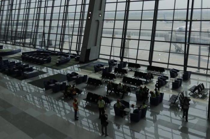 Suasana di Terminal 3 Ultimate Soekarno-Hatta, Tangerang, Banten, Minggu (12/6/2016). Terminal ini memiliki kapasitas 25 juta penumpang per tahun